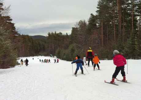 Резултат с изображение за ски писта Хижа Здравец